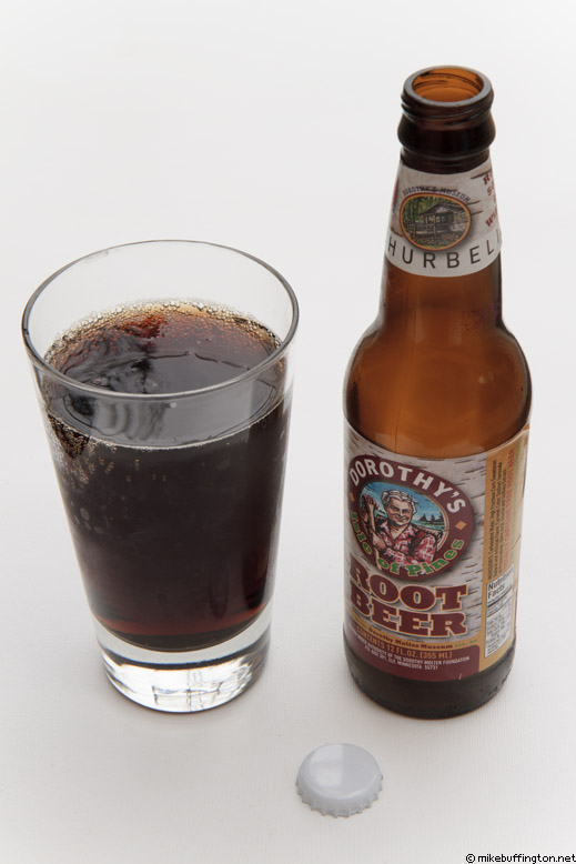 Dorothy's Isle of Pines Root Beer Poured