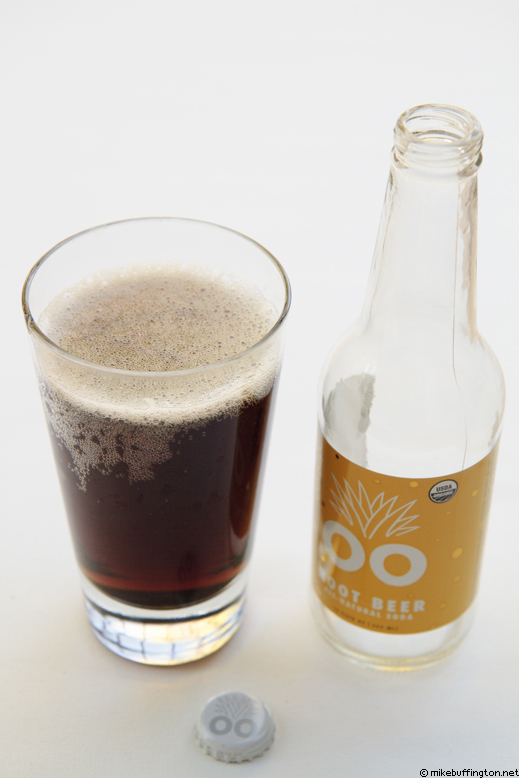 oogavé Root Beer Poured